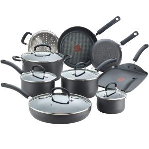 T-fal E918SE Nonstick Cookware Set Best Cookware For An Electric Coil Stove